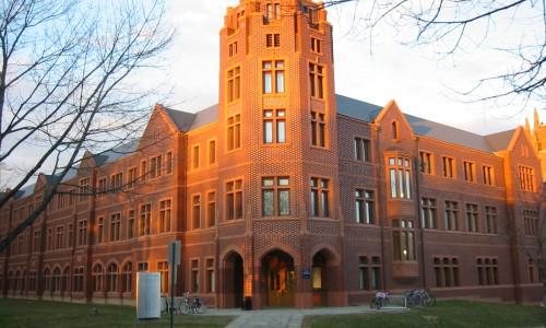 003_Yale University